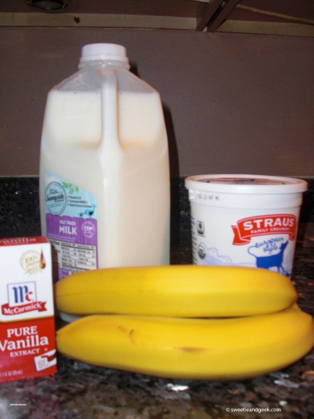 banana_smoothie_ingredients