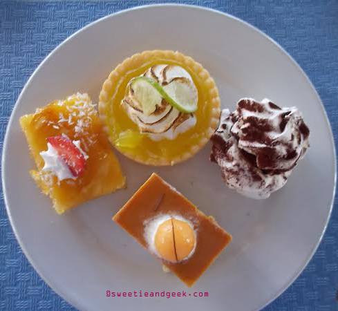 deserts at barcelo grand faro hotel